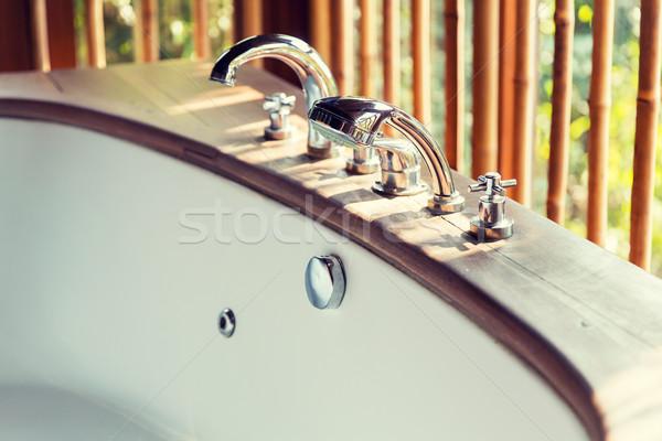 Vasca da bagno esotiche asian hotel Foto d'archivio © dolgachov