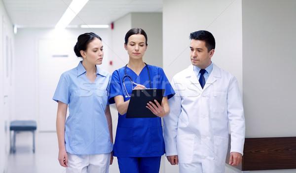 Grupy szpitala schowek kliniki zawód ludzi Zdjęcia stock © dolgachov