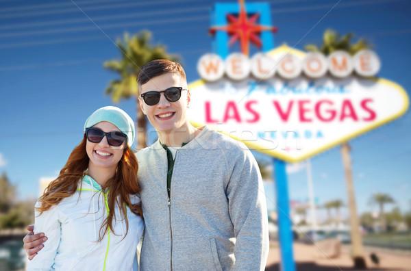 Adolescente casal Las Vegas assinar verão férias Foto stock © dolgachov