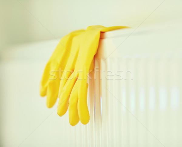 Gummihandschuhe hängen Heizung Schutz Hausarbeit Stock foto © dolgachov