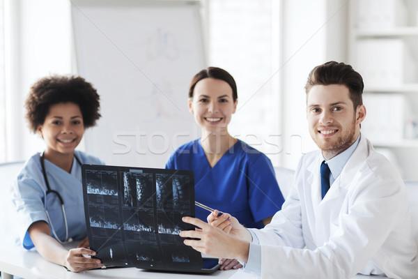 группа счастливым врачи Xray изображение Сток-фото © dolgachov
