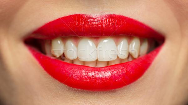 Lábios boca sorrindo batom vermelho beleza compensar Foto stock © dolgachov
