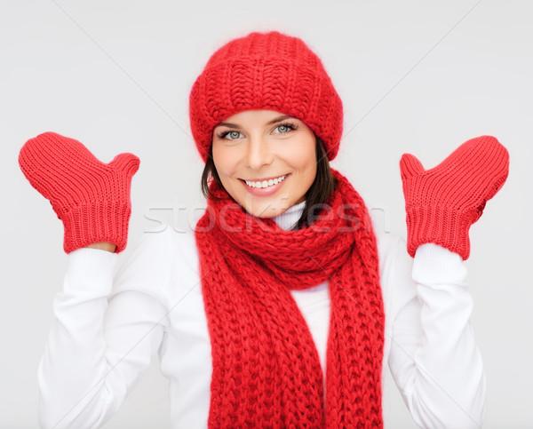 笑みを浮かべて 若い女性 冬 服 幸福 休日 ストックフォト © dolgachov