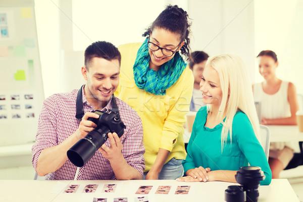 笑みを浮かべて チーム 作業 オフィス ビジネス 教育 ストックフォト © dolgachov