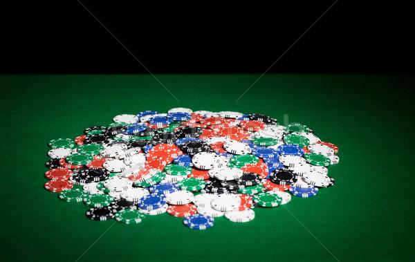 Fichas verde tabela superfície jogos de azar Foto stock © dolgachov