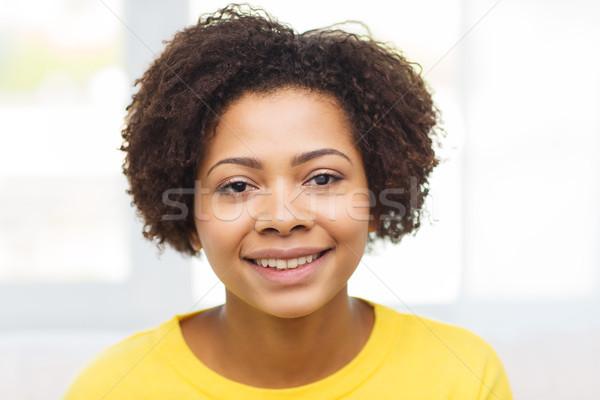 Feliz africano americano mulher jovem cara pessoas raça Foto stock © dolgachov