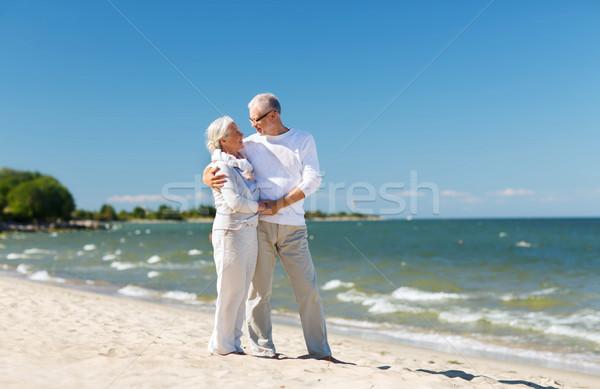Сток-фото: счастливым · , · держась · за · руки · лет · пляж · семьи