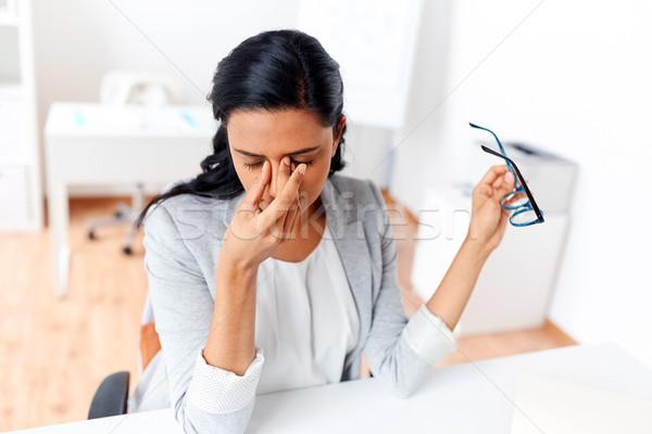 Kobieta interesu zmęczony oczy biuro działalności ostateczny termin Zdjęcia stock © dolgachov
