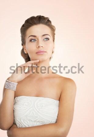 женщину Diamond ожерелье красивая женщина белое платье девушки Сток-фото © dolgachov
