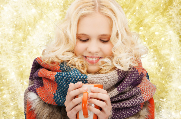 Sonriendo invierno ropa taza felicidad Foto stock © dolgachov