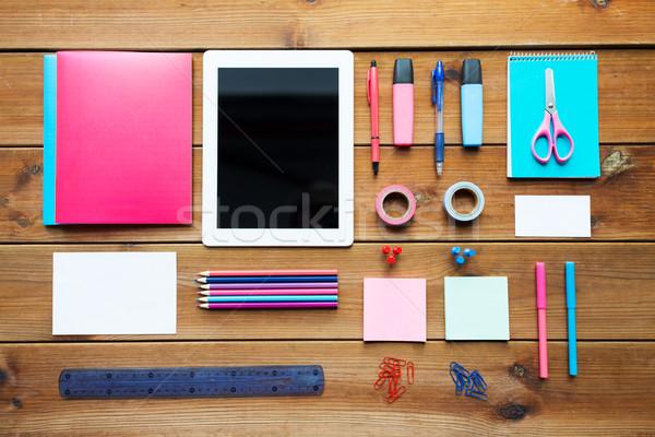 Közelkép tanszerek táblagép oktatás művészet kreativitás Stock fotó © dolgachov