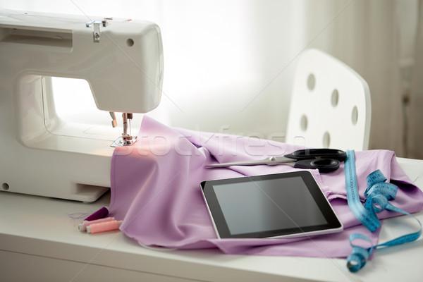 Maszyny do szycia nożyczki władcy robótki technologii Zdjęcia stock © dolgachov