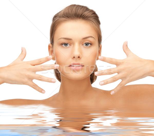 Gyönyörű nő víz fényes közelkép portré kép Stock fotó © dolgachov
