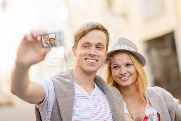 Utazás pár elvesz fotó kép kamera Stock fotó © dolgachov