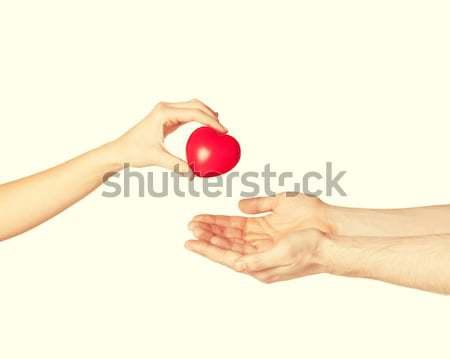 Stockfoto: Man · hand · Rood · hart · vrouw · liefde