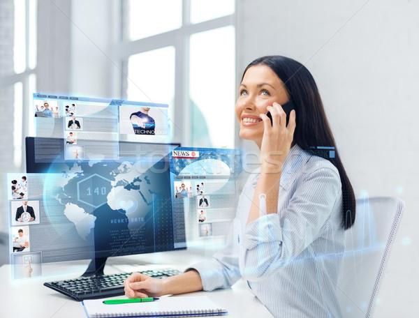 Mosolyog üzletasszony diák okostelefon oktatás iskola Stock fotó © dolgachov