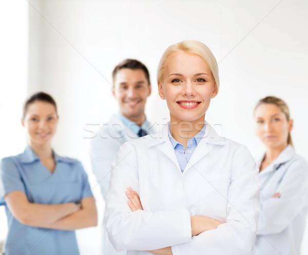 Сток-фото: улыбаясь · женщины · врач · группа · здравоохранения · медицина