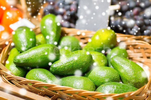 Avocado mand voedsel markt verkoop winkelen Stockfoto © dolgachov
