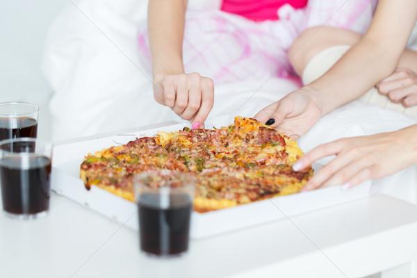 Stock foto: Freunde · teen · Mädchen · Essen · Pizza · home