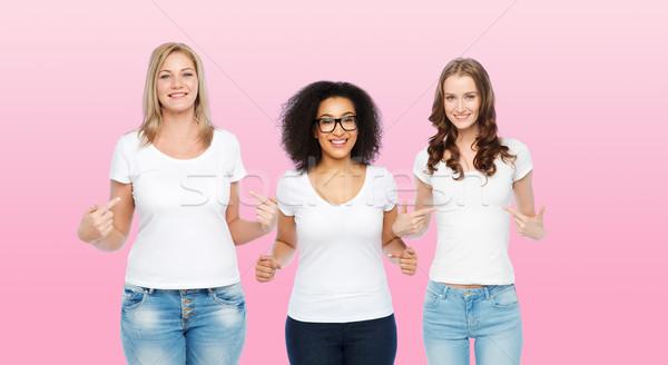 группа счастливым различный женщины белый дружбы Сток-фото © dolgachov