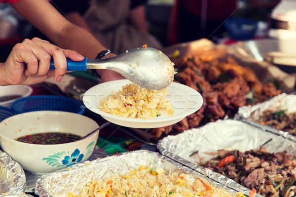 Handen wok straat markt koken Stockfoto © dolgachov