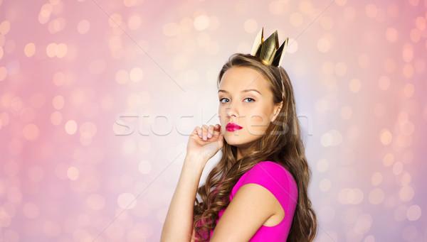Mulher jovem menina adolescente princesa coroa pessoas férias Foto stock © dolgachov