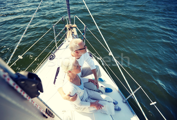 Couple de personnes âgées voile bateau yacht mer Photo stock © dolgachov