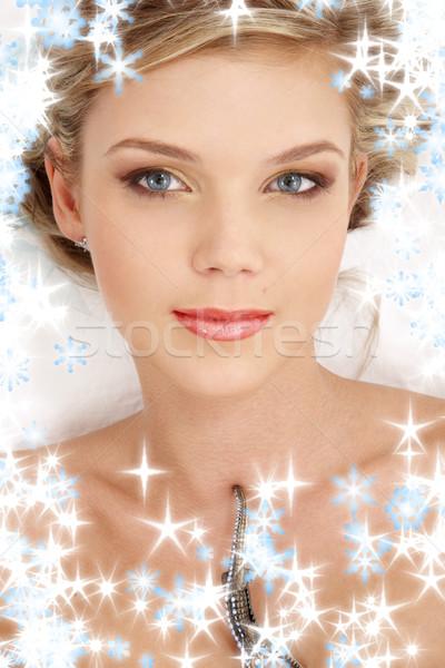 Iets Blauw portret mysterieus blond sneeuwvlokken Stockfoto © dolgachov