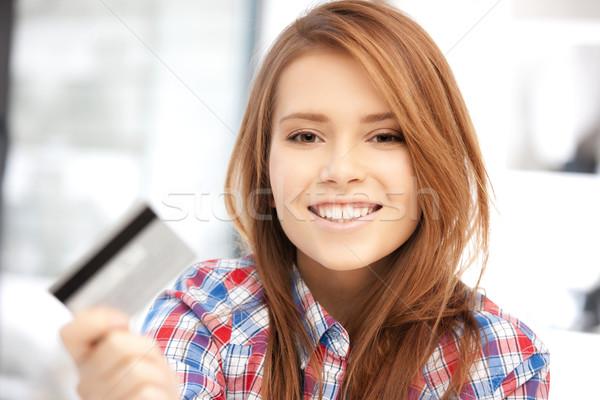 Foto stock: Feliz · mulher · cartão · de · crédito · brilhante · quadro · dinheiro