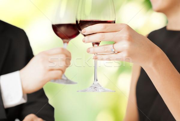 Impegnato Coppia bicchieri di vino foto ristorante vino Foto d'archivio © dolgachov