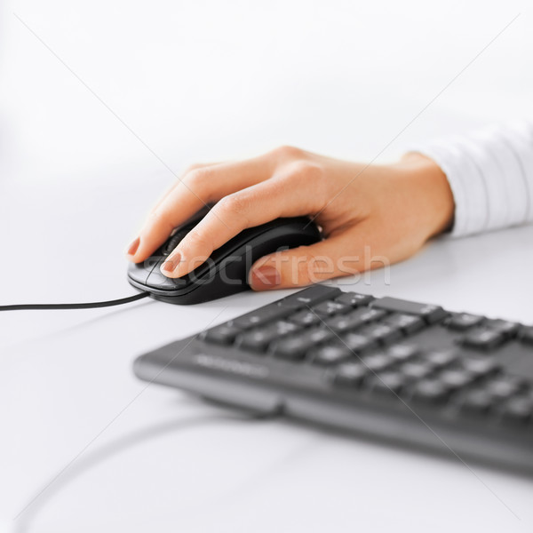 Stockfoto: Vrouw · handen · toetsenbord · muis · business · kantoor