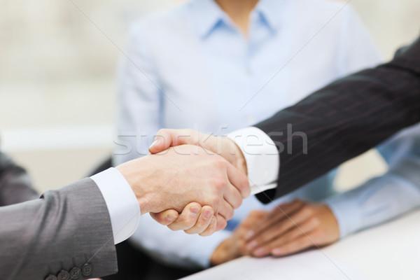 Zwei Geschäftsleute Händeschütteln Büro Business Hände Stock foto © dolgachov
