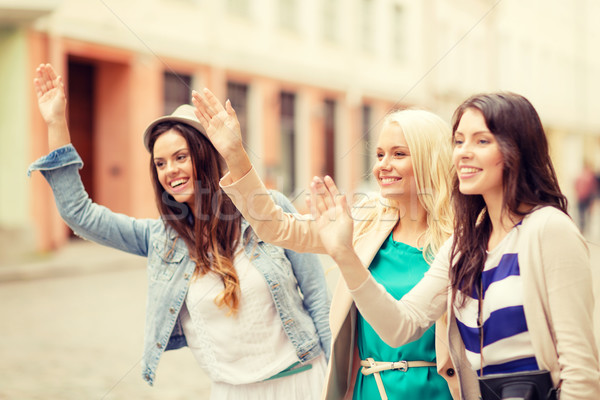 Drie mooie meisjes handen vakantie Stockfoto © dolgachov