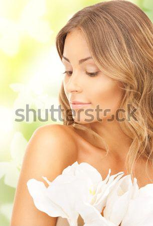 Mooie vrouw witte bloem foto vrouw meisje sexy Stockfoto © dolgachov