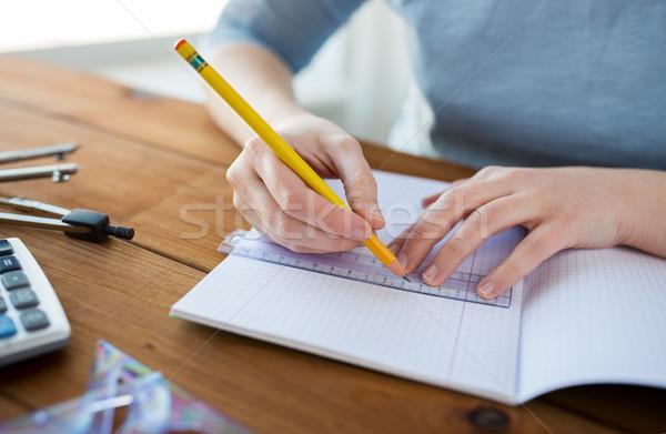 рук правителя карандашом рисунок школы Сток-фото © dolgachov
