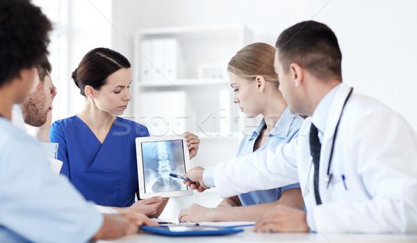 Grupo médicos Xray clínica profesión Foto stock © dolgachov