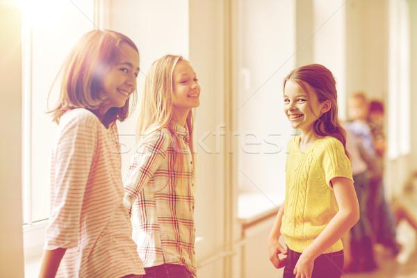 Foto stock: Grupo · sorridente · escolas · crianças · corredor · educação