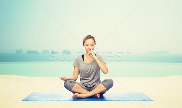 женщину йога медитации Lotus создают Сток-фото © dolgachov