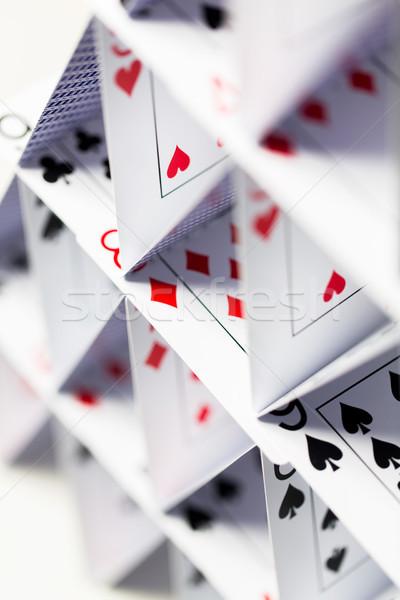 Foto stock: Casa · cartas · de · jogar · branco · cassino · jogos · de · azar · jogos