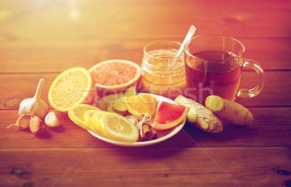 Gyömbér tea méz citrus fokhagyma fa Stock fotó © dolgachov