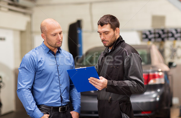 Mecânico de automóveis cliente carro compras automático serviço Foto stock © dolgachov