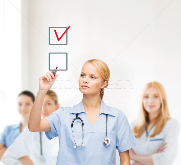 Doktor hemşire onay kutusunu sağlık tıbbi teknoloji Stok fotoğraf © dolgachov