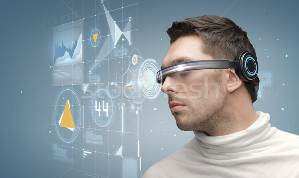 Homme futuriste verres avenir technologie gens d'affaires Photo stock © dolgachov