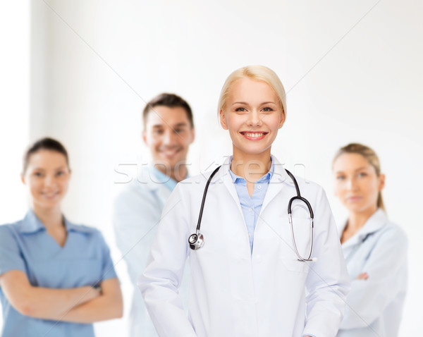 Sorridere femminile medico stetoscopio sanitaria medicina Foto d'archivio © dolgachov