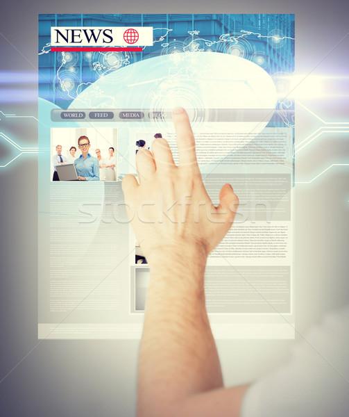 Uomo virtuale schermo news business tecnologia Foto d'archivio © dolgachov