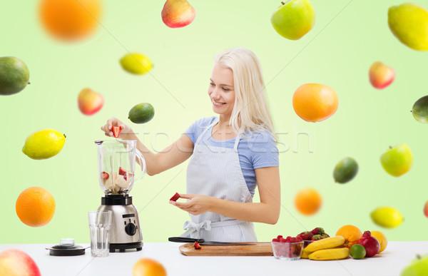 笑顔の女性 ブレンダー ぶれ 健康的な食事 料理 精進料理 ストックフォト © dolgachov