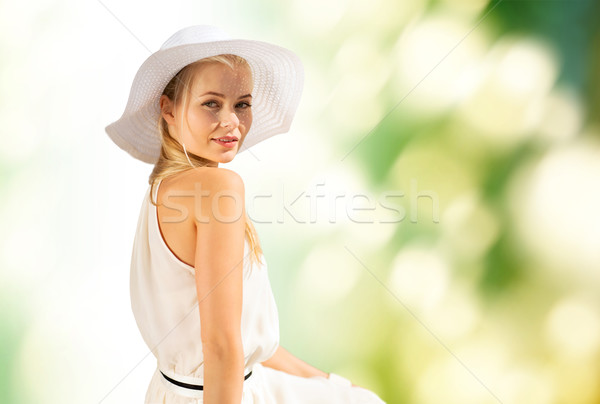 Piękna kobieta lata odkryty moda życia Zdjęcia stock © dolgachov