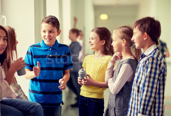 Grup okul çocuklar soda koridor eğitim Stok fotoğraf © dolgachov