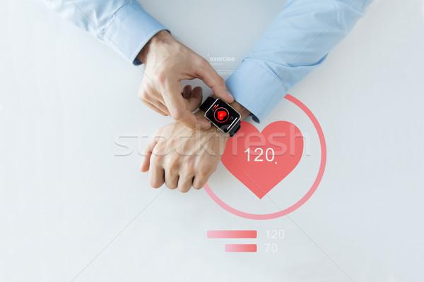 Ręce serca ikona smart oglądać Zdjęcia stock © dolgachov