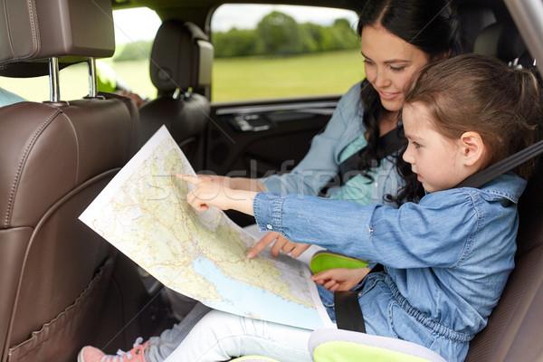 счастливая семья путешествия карта вождения автомобилей семьи Сток-фото © dolgachov
